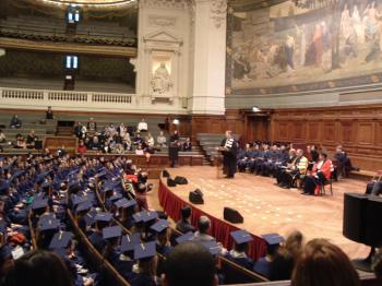 sorbonne-diploma-ceremony_convert_20100610231823.jpg