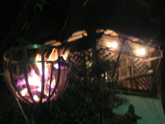 幻想的な篝火