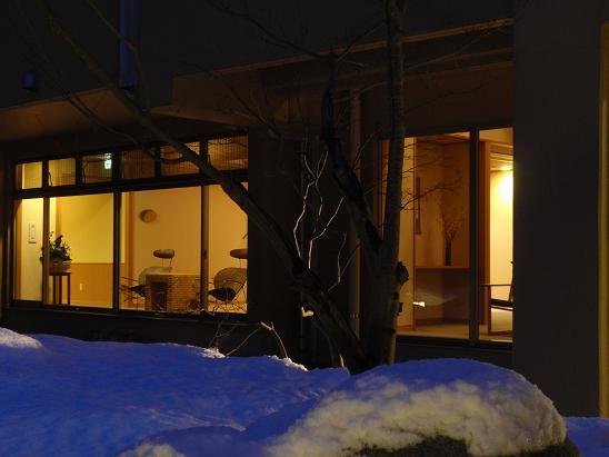 ライトアップされた雪☆キレイ