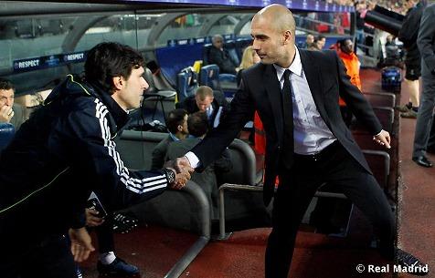 ペップ監督とカランカコーチ。