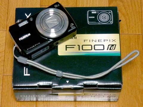 FinePix F100fd