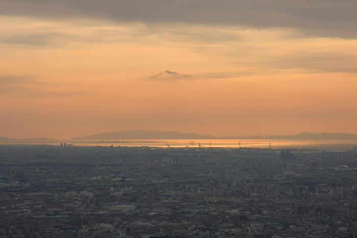 生駒山地より、2