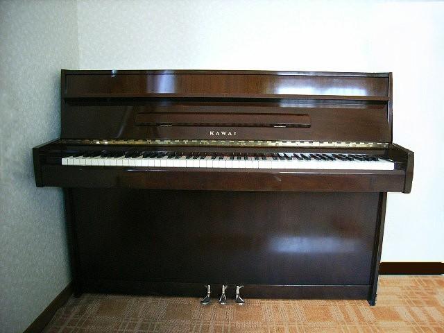 カワイコンソールピアノ