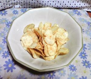 ポテトチップス こだわりの七味 七味家(中身)