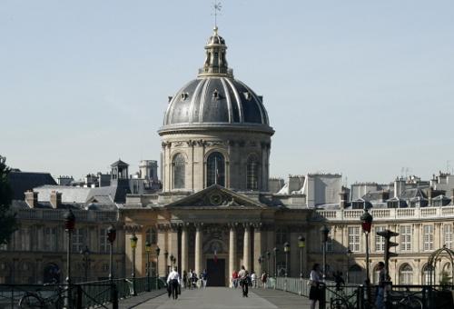 s-Institut_de_France_-_Académie_française_et_pont_des_Arts