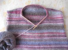 手編みのセーター 衿ぐり ダイヤドミナ