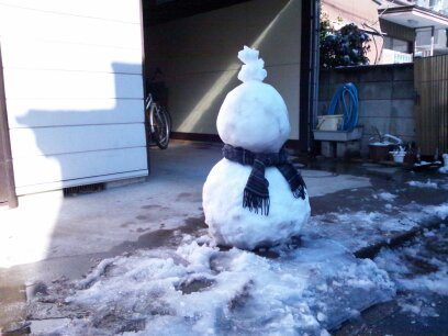 雪だるまにマフラー