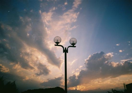 街灯と夕焼け