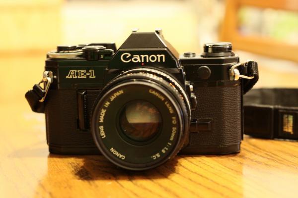 CANON AE-1 1976年製