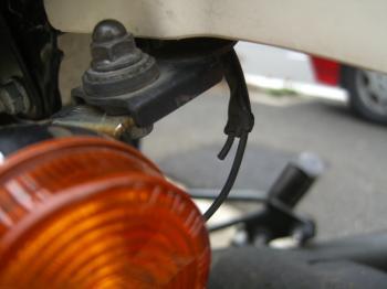 broken+wire_convert_20110220213329.jpg