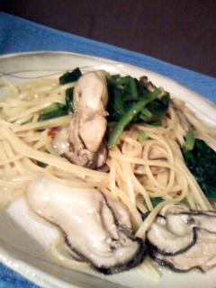 牡蠣と青菜のペペロンチーヌ