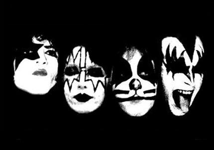 kiss2.jpeg