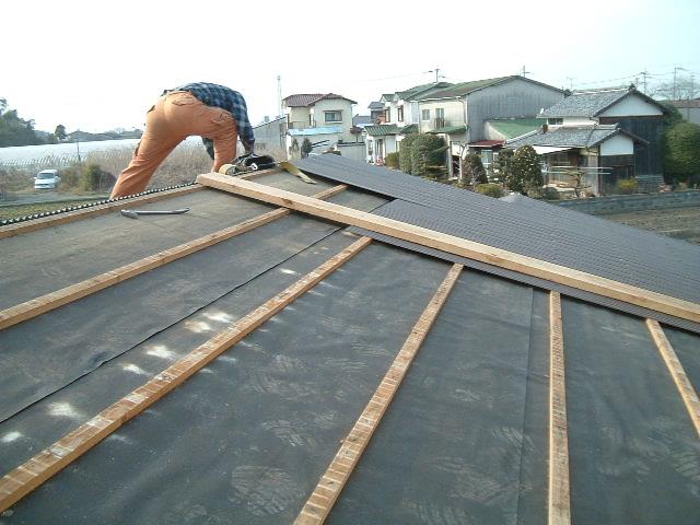 車庫屋根葺替工事