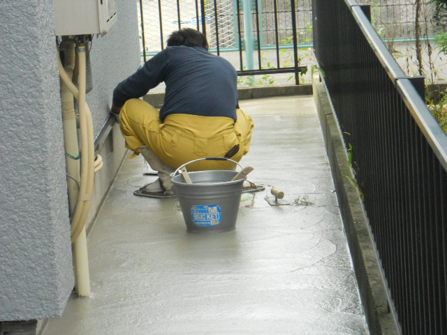 犬走りコンクリート工事
