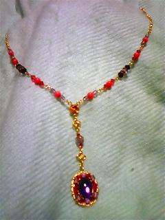 ピンク珊瑚&アクリルパーツのネックレス