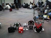 ROBO-ONELight参加ロボットとシンプルファイター