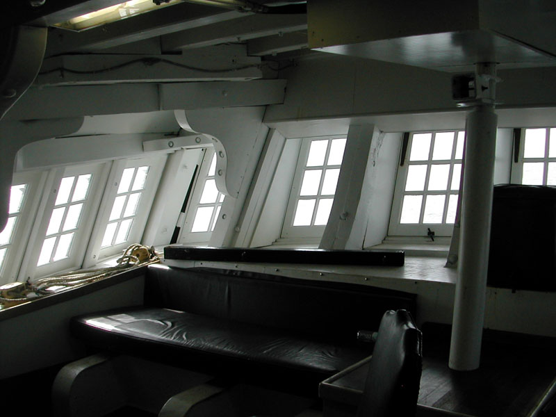 HMS船尾