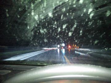 4月16日夜雪
