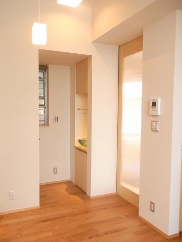 1階玄関方向