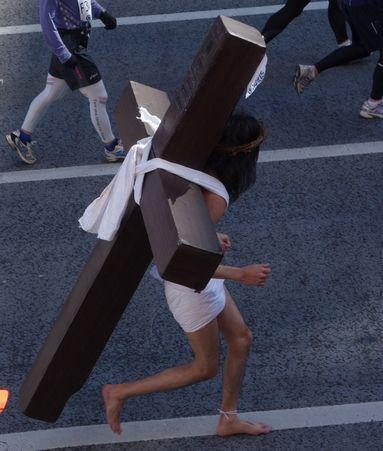 裸足のキリスト