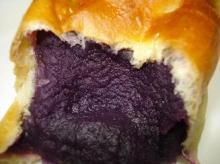 紫芋あんぱん断面