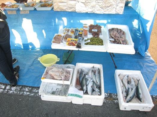 八戸ニュータウン朝市 鮮魚