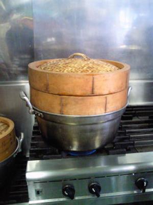 かしわ餅作り