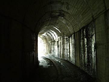 長沢隧道04