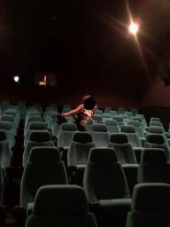 映画館三女