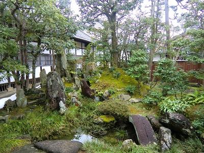 大通寺お庭