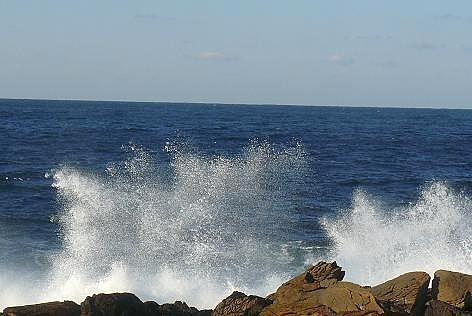 あちこちで波の花火♪