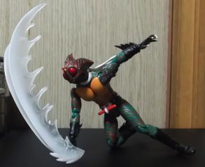 S.Hフィギュアーツ仮面ライダーアマゾン(大切断)