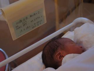 赤ちゃん2574g