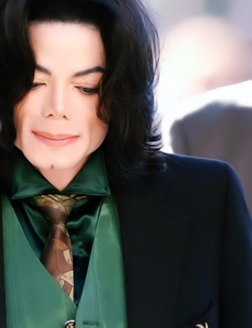 Michael+Jackson+OgAAAB5bYmOzi0_enVQtLFwqdB99Ub.jpg