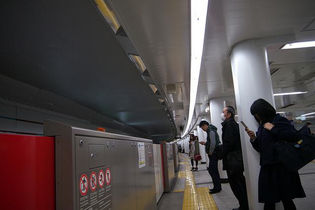 ①赤坂丸ノ内線