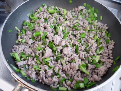 2013.2.10汁なし坦々麺1