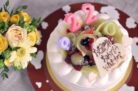 Tamny Flowers & Bon Riviere のケーキ