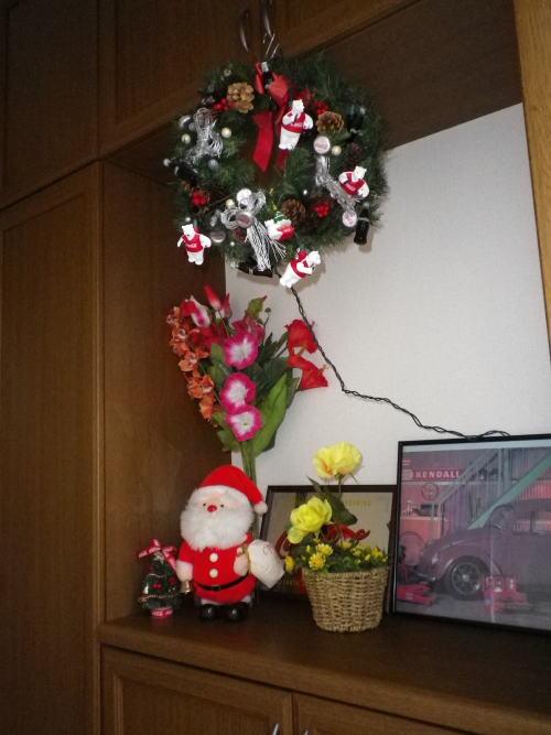 コカコーラのオーナメントで手作りのクリスマスリース