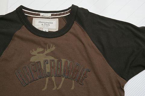 アバクロのTシャツ