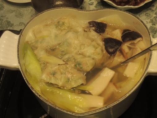 2月18日 餃子鍋