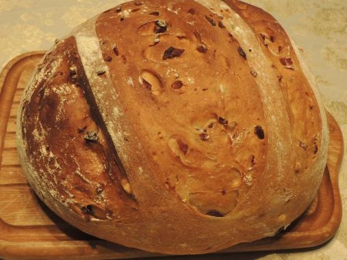 2月26日 クルミとクランベリーのパン