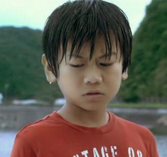 912-1【映画】 いけちゃんとぼく   2009年 出演:蒼井優、深澤嵐、ともさかりえ、萩原聖人  2009年6月20日公開.avi_000218718