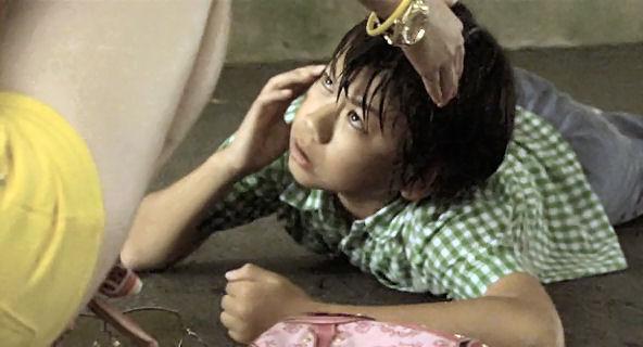 912-1【映画】 いけちゃんとぼく   2009年 出演:蒼井優、深澤嵐、ともさかりえ、萩原聖人  2009年6月20日公開.avi_003533154