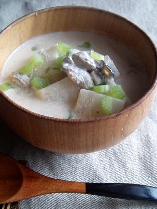 牡蠣の豆乳煮01