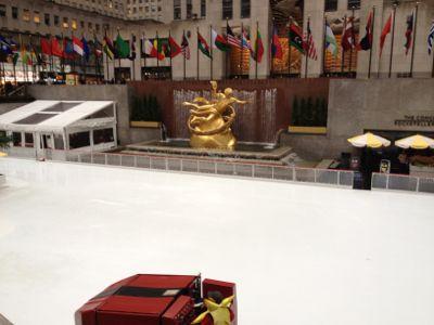 ロックフェラーセンター前スケート