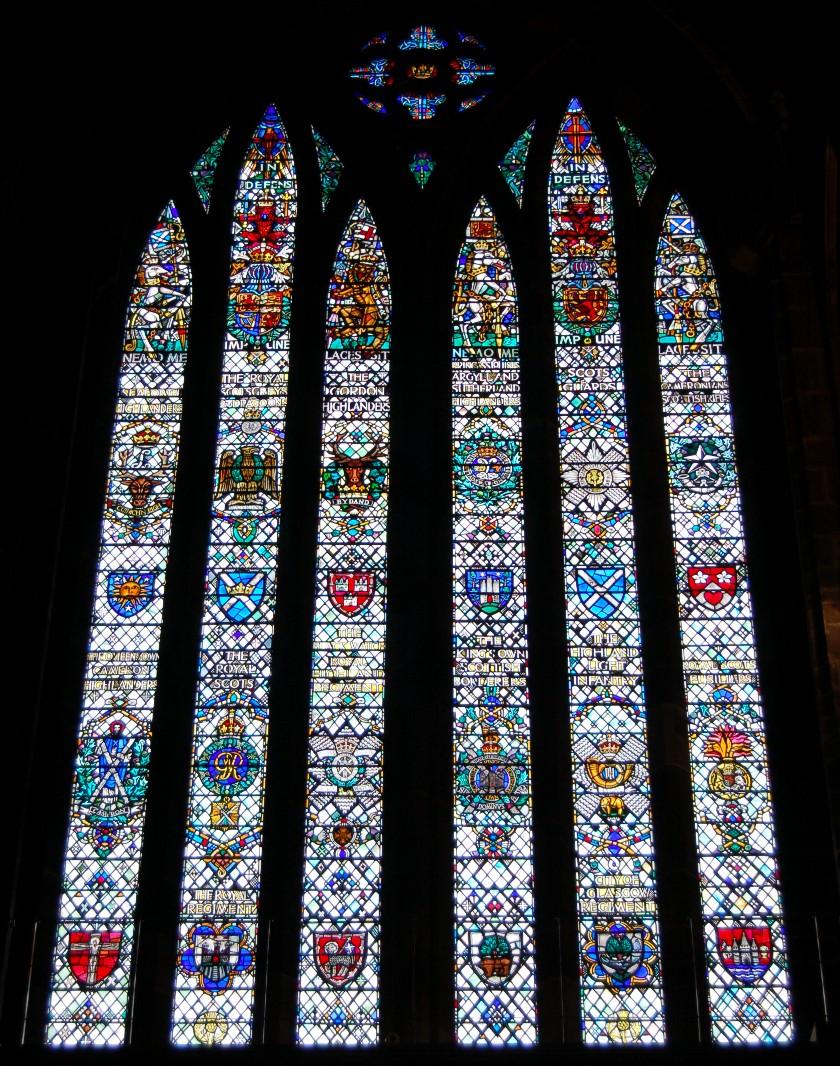 イギリス グラスゴー大聖堂のステンドグラス2