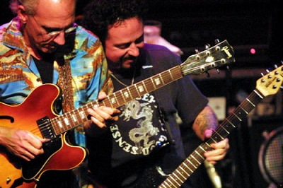 s-Larry+Carlton++Steve+Lukather.jpg