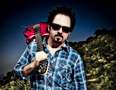 s-Steve-LukatherCROP369_credit_Ash_Newell.jpg