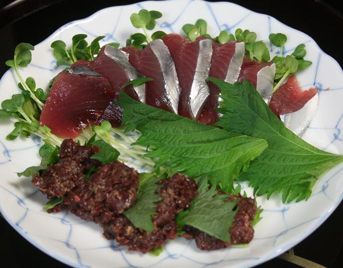 100424 カツオ刺身と血合味噌たたき 25