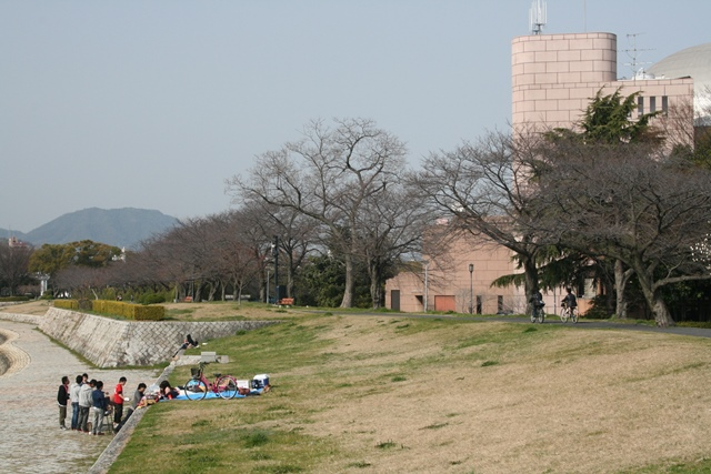 IMG_4773 太田川土手 W